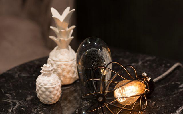 Tavolino Circus e lampada creative cables showroom berto salotti torino