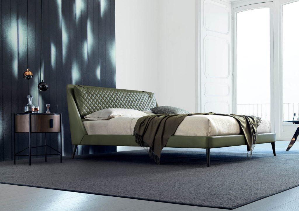 Кровать Chelsea из кожи БертО